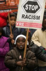 APROBADA LA LEY EUROPEA CONTRA EL RACISMO Y LA XENOFOBIA